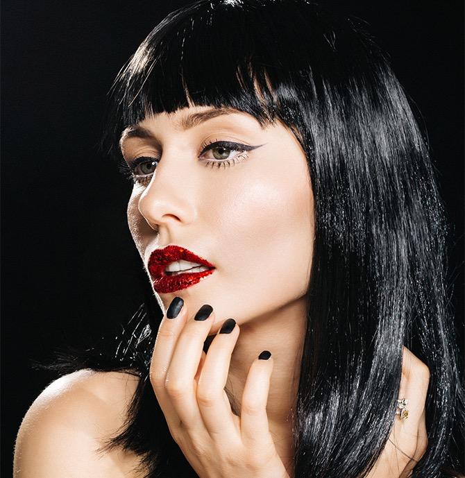 Anastasija Milojević ideje za šminku sa šljokicama