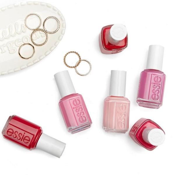 Volite da nosite prstenje? Ovi lakovi za nokte su za vas!