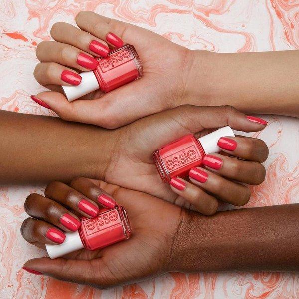 Letnje nijanse lakova za nokte koje možete preneti u jesen