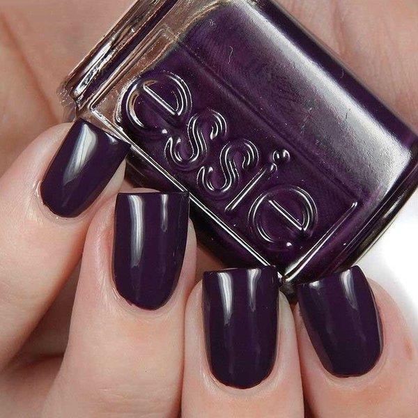 nokti u boji patlidzana